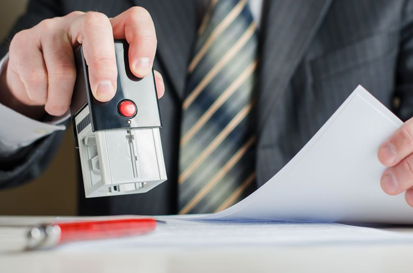 Stamping the document by a notary